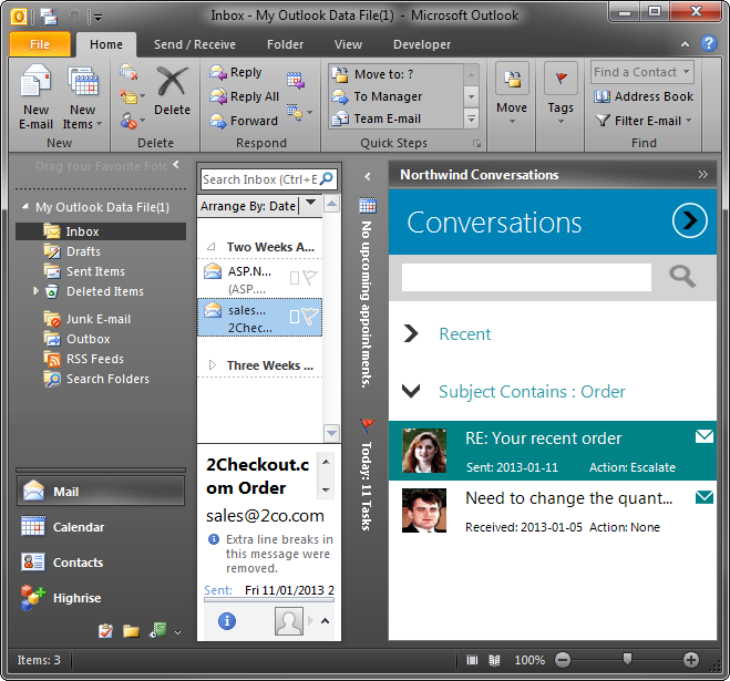 A custom form docked to the right side in Outlook 2010